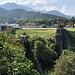 Jablanica - Blick vom östlichen Ufer aus über die zerstörte Neretva-Brücke. Auf der gegenüberliegenden Seite ist auch das Museum zu erkennen.