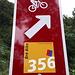 <b>Il percorso 356 continua nel bosco. </b>