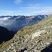 Alpe Fiorasca, dahinter die andere Seite des Bavonatals
