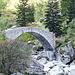 schöne Bogenbrücke