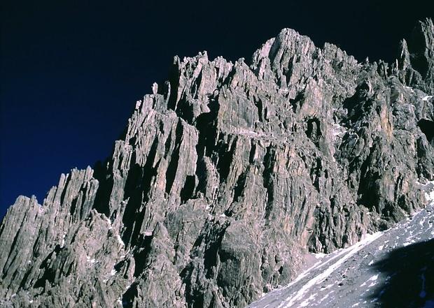 die wilde Nordwestflanke der Dremelspitze