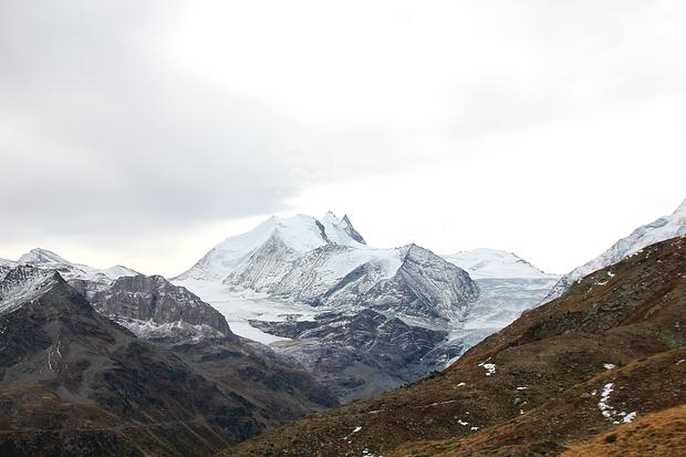 Le massif du Weisshorn.