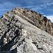 Blick vom Vorgipfel zum Gipfel. Es sind nun 2h vergangen