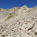 Der alte, nicht markierte Weg die auf 2780m Höhe auf den markierter Weg trifft.