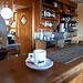 <b>Bevo un eccellente caffè e mi gusto lo straordinario panorama sul Lago Maggiore: che spettacolo!</b>
