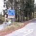 <b>Dopo una sosta di 20 minuti continuo l'escursione nella Val Dumentina o Valle Smeraldo, attraversando i villaggi di Stivigliano (484 m) e Due Cossani (556 m). All'incrocio Cinquevie (547 m) abbandono la SP6 e inizio la salita sulla strada comunale, con ben 31 tornanti, che porta a Pradècolo.</b>