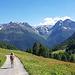 Wanderung durchs Val Tuoi hinaus
