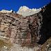 Interessante Gesteinsformationen am Wegrand