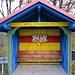 """Start in Holzinshaus am Buswartehäuschen. """"Holz vor der Hütt'n"""" war mir ein Begriff, Holzinshaus bisher nicht ;-)"""