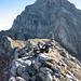 Auf dem Gipfel des Chli Sättelistock. Im Hintergrund der mächtige Gross Sättelistock.