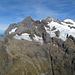 Von links Wetterhorn (3701m), Mittelhorn (3704m) und Rosenhorn (3689m)