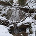 ... am Eisfall, an welchem der Weg weiter ansteigt