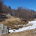 Der übervoll mit Fröschen gesegnete kleine Weiher auf dem Maiensäss Monte di Sopra
