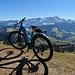 """E-Bike mit Säntis vereint. Ich werde diese Wandersaison das E-Bike besonders für die langen """"Zustiegswege"""", zu abgelegene Bergen benutzen, aber auf den """"Berggipfeln"""" wird man mich mit dem E-Bike nicht antreffen, das lasse ich weiter unten stehen."""