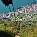Von der Bergstation der Materialseilbahn schweift der Blick hinunter nach Verceia.
