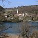 Blick über den Rhein nach Deutschland zur Ortschfat Schwörstadt.