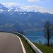 Immer wieder musste ich kurz während der Abfahrt anhlaten um die phänomenale Aussicht zu geniessen.  Gegenüber steht das Morgenberghorn (2248,8m) das ich wohl demnächste besteigen werde!