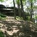 Der Orensfels liegt am am südlichen Ende des Höhenrückens und hat eine leicht begehbare Aussichtsplattform.