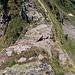 ein heikler Abstieg, von oben gesehen, - es ist um einiges steiler als auf dem Foto ersichtlich
