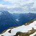 Blick zum Glärnisch und dem Klöntalersee im Glarnerland