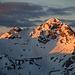 Erste Sonnenstrahlen erreichten den Piz Schumbraida (3124,8m).