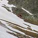 Vom Bergrücken Muntet entdeckte ich auf 2564m nördlich vom Lai da Chazforá ein kleines Hüttlein an dem ich während des Aufstiegs vorbei gegangen war. Ich hatte es nicht gesehen im Aufstieg und es wäre spannend zu wissen, ob man hier übernachten könnte.