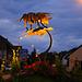 Nach einem lustigen Abend und einer langen Nacht fuhr ich schliesslich nach Hause bei Tagesanbruch. <br /><br />Kreativ steht im Weindorf Hornussen (383m) die lustige Skulptur in einem Kreisel.