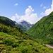 Blick Richtung Alp Fanell, den Weg zum Fanellgrätli und die Wenglispitz.