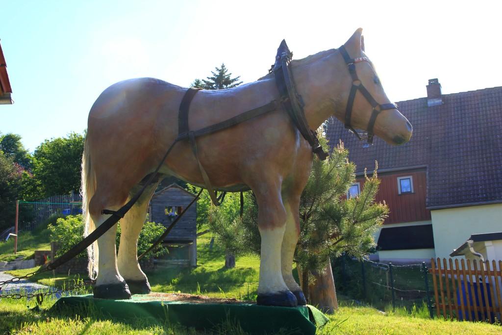 Riesenpferd