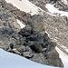 Ein Gipfelkreuz, vermutlich das abgerutschte Täschehorn?