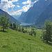 Blick auf unser heutiges Wanderziel: Klöntalersee.
