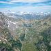 Lago di Morghirolo, sullo sfondo si intravedono i 4000 delle Alpi Bernesi