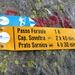 """Am Abstieg vom Passo del Fornale - Wegweiser mit """"kurzen Zeiten"""""""