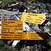 <b>Dopo un notevole sforzo arrivo al bivio di Campo (1961 m), corrispondente al punto più elevato del percorso. A destra si sale verso l'Alpe San Martino (2090 m), l'Alpe di Laveggia (2120 m) e il Passo Bareta (2271 m); a sinistra si scende verso l'Alpe Piandios (1867 m).</b>
