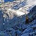 Blick in die Nordwestwand - weiter unten sieht man noch schwach die Hüfihütte.
