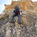 Unterdessen sind die Kletterfinken montiert. Hübsche Kletterei in bestem Fels.