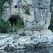 Höhlen durchziehen die Karstlandschaft