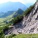 Schön windet sich der Pfad unterm Stachlerkopf entlang