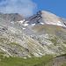 Auf 2560m Höhe beigten wir nach rechts und peilten Fuorcla Cotschna an. Hier, Sicht auf Piz Surgonda.