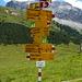 Wegweiser auf der Alp Astras