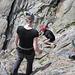 Fabienne und Lisbeth in Kletter-Action am zweiten Nachmittag - Ketterkurs II mit Glois