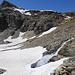 2830m, Wasser sucht sich einen Weg unter dem Eis.