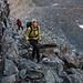 Arête d'Annibal:<br /><br />Ein erster Fels kaum 50 Meter über dem Col d'Annibal (2992m) konnten wir bequem auf der nördlichen Schweizer Seite umgehen.