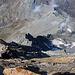 Arête d'Annibal:<br /><br />Rückblick über den tollen Klettergrat vom Vélan-Westgipfel (P.3681m)  auf den nahezu 700m tiefer liegenden Col d'Annibal (2992m) wo schon einige kleine Wolken kondensierten.