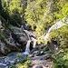 Erster kleiner Wasserfall im Kuhfluchtgraben