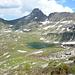 [http://www.hikr.org/tour/post38071.html Hennasädel] (2668 m), Guraletschhorn (2908 m) und Fanellgrätli (2751 m) thronen über dem Guraletschsee (2409 m).