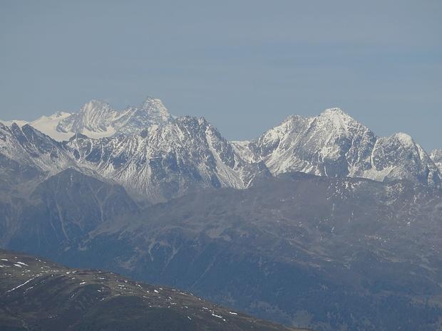 Berge, die der Glockner- u. der Schobergruppe den Namen geben und ihre Trabanten im Zoom