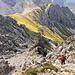 Typisches Abstiegsgelände: Steilschrofen, Steilschrofen, Steilschrofen. Und sind die Steilschrofen vorbei, kommen... nochmal Steilschrofen ;-)