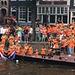 Partystimmung in Amsterdam nach dem Eintreffen der Fussballnationalmanschaft.