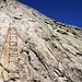 Bügel und Stahlseil als willkommene Aufstiegshilfen zur Bergseelücke